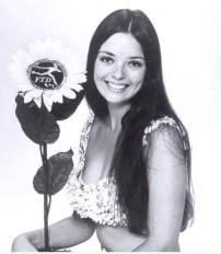Angela Herself 218