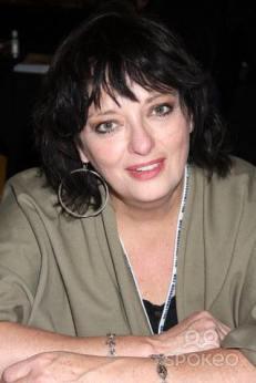 Angela Herself 281